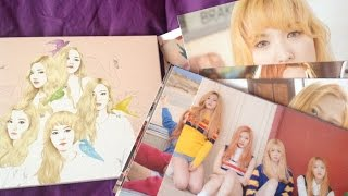 "Unboxing Red Velvet ""Ice Cream Cake"" official postcard set"