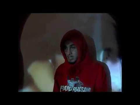 Смотреть клип Wifisfuneral - Alone As A Facetat