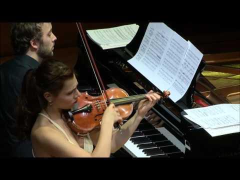 Jean Sibelius : Souvenir, Mazurka et Rondino par Diana Tischchenko et Joachim Carr
