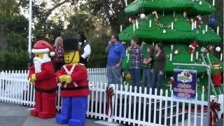 Attractions - The Show - Dec. 20, 2012 - Splitsville, Disney Legend Q&A, Christmas plus much more