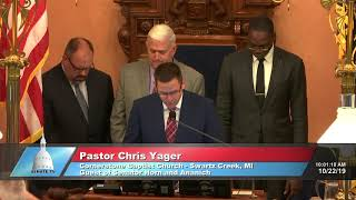 Sen. Horn welcomes Pastor Yager to the Michigan Senate
