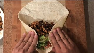 How to wrap a perḟect burrito