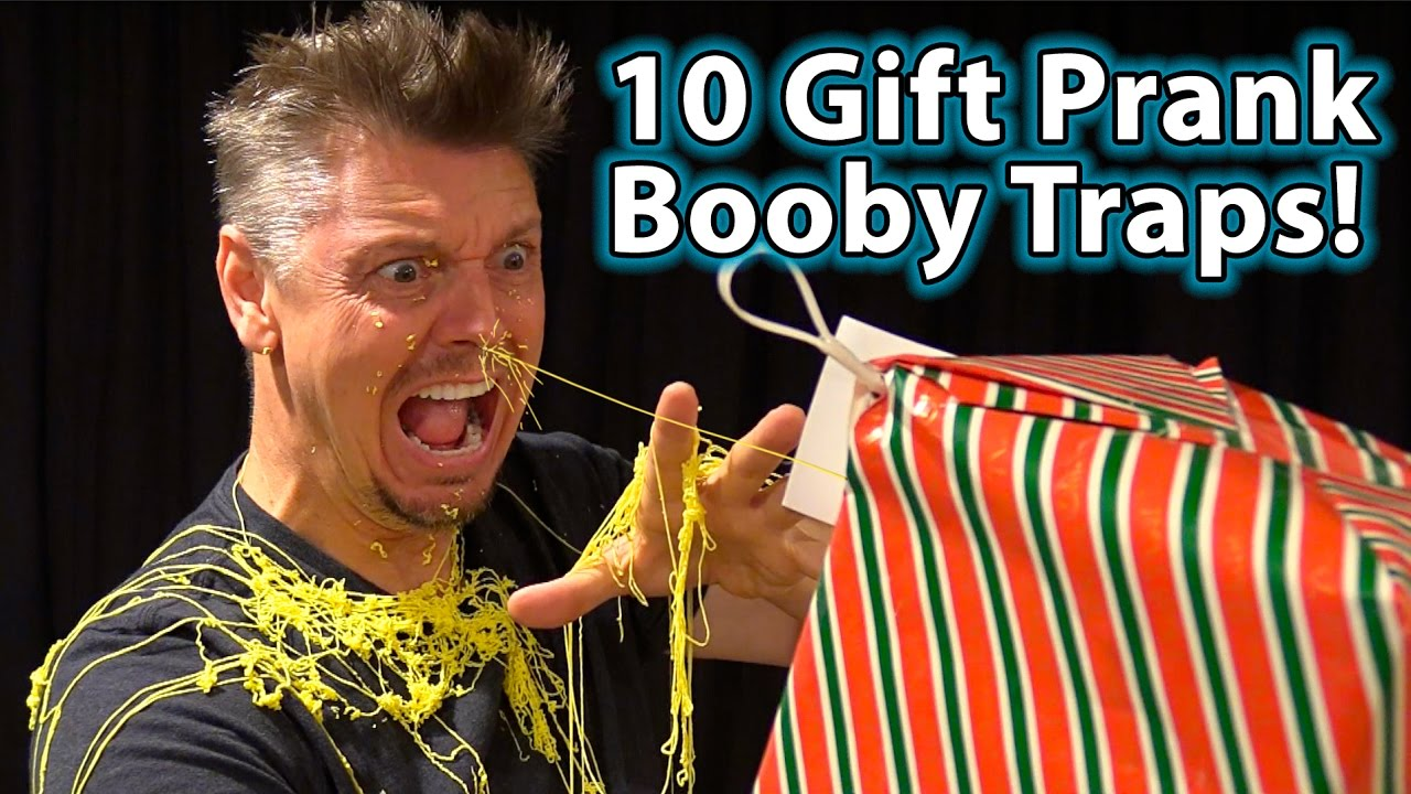 TOP 10 EVIL Holiday/Xmas GIFT BOOBY TRAP PRANKS!