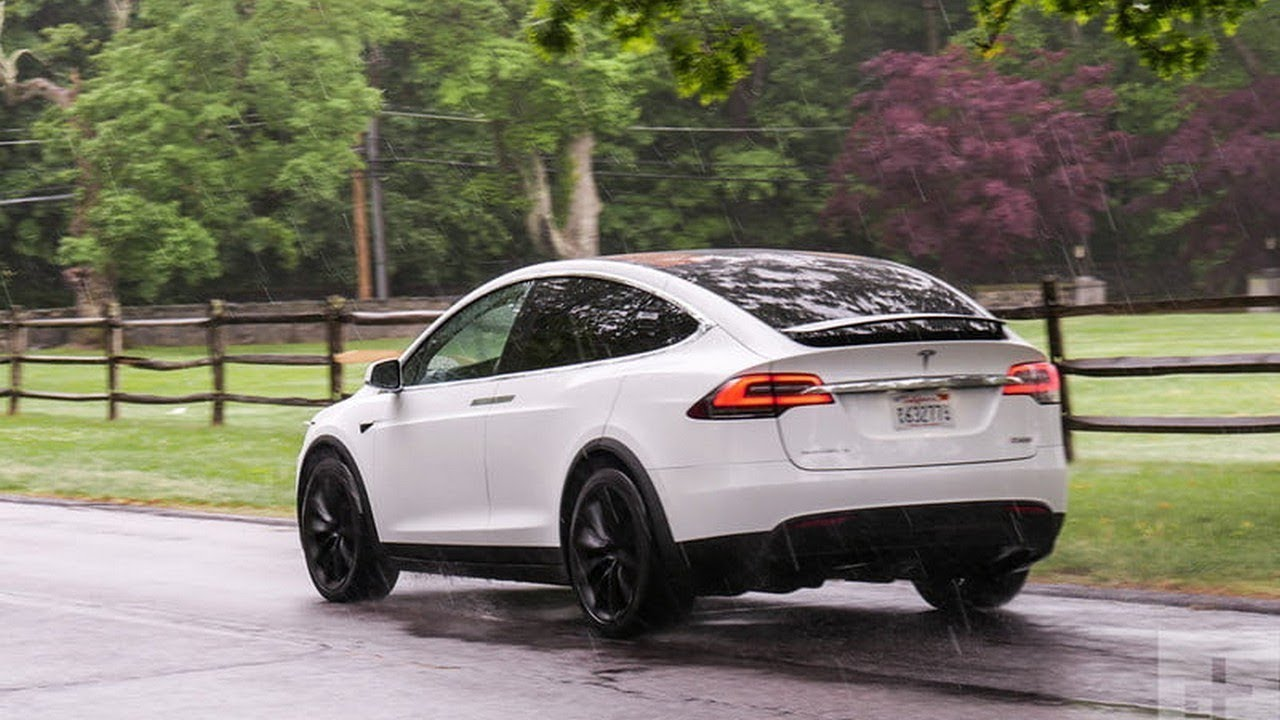 Wow Amazing 2017 Tesla Model X P100d Car Review Youtube