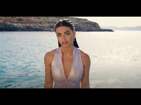 Смотреть клип Emma Muscat Ft. Astol - Sangria