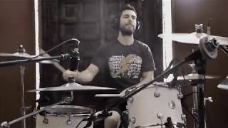 "Bandage - Making of ""Build"": Tracking drums"