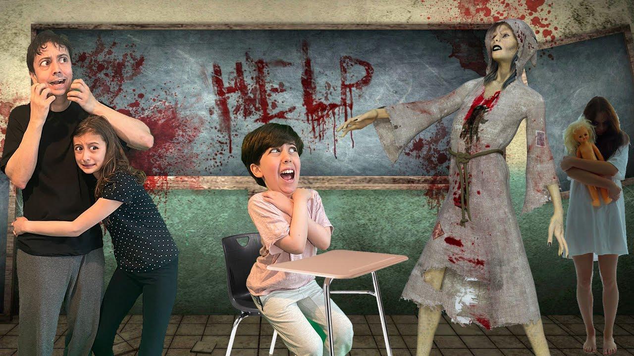 دخلنا مدرسة مرعبة! الشريرة لاحقتنا!