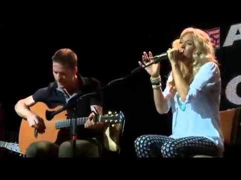Carrie Underwood - Two Black Cadillacs (Acoustic @ CMA Songwriters Series)