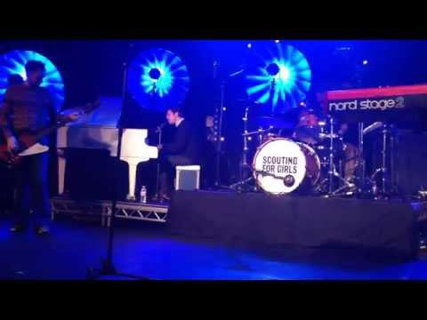 Love How It Hurts - Scouting For Girls Live Soundcheck