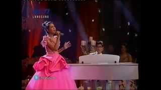 Afgan Maudy Ayunda When I Was Your Man Konser Menuju Miss World Indonesia 2 September 2013