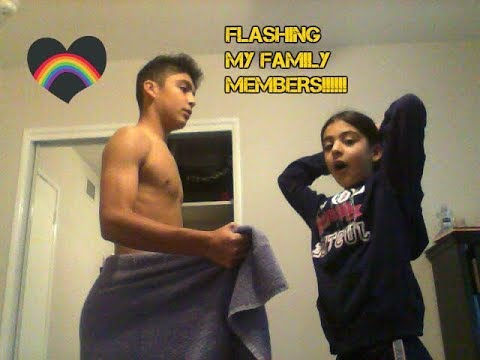 FLASHING MY FAMILY MEMBERS PRANK!!!!!! thumbnail