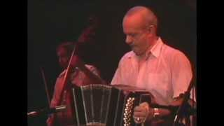 "Astor Piazzolla ""Tristezas De Un Doble A"" [Full Version]."