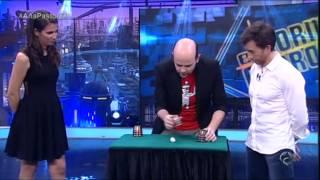 El Hormiguero - Jandro nos enseña el truco de los trileros