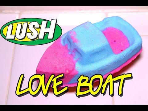 LUSH 💘 LOVE BOAT Bath Bomb 💘 Demo VALENTINE'S DAY 2018 Underwater View Review