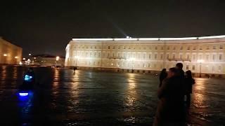 🔥Музыкант классно играет на гитаре в Санкт-Петербурге на Дворцовой площади 08.11.2019