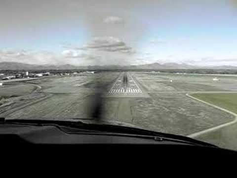 VFR approach into Redding Muni, 12-25-07