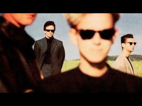 Depeche mode in your room instrumental 1993 devotional - Depeche mode in your room live 2017 ...