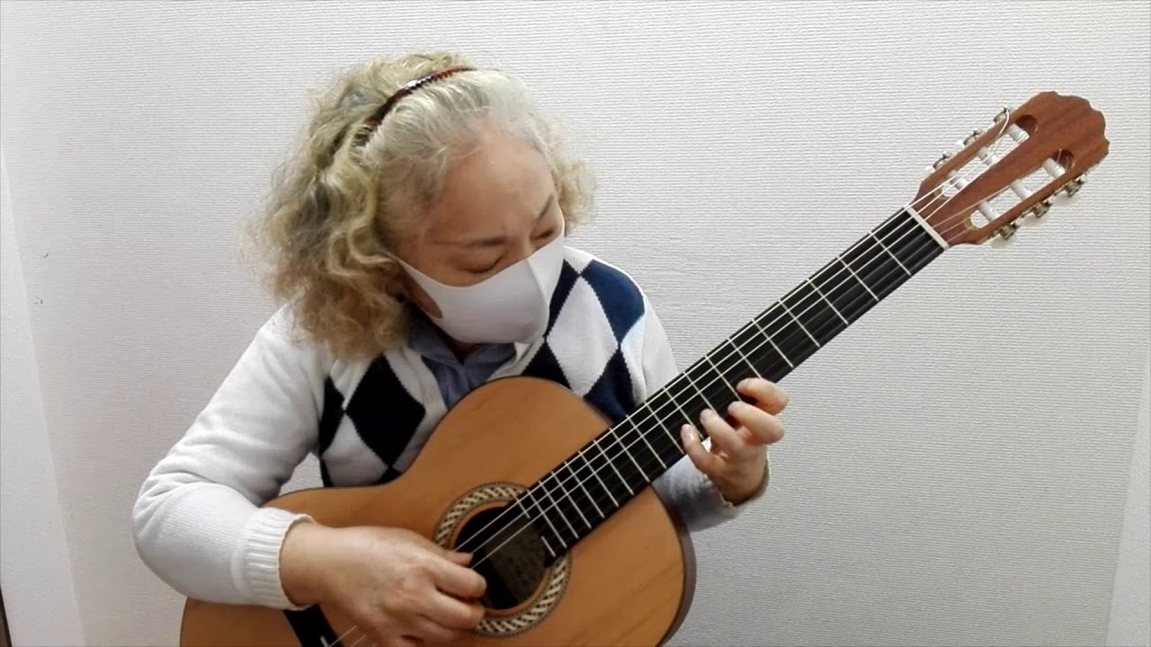 "Fusako plays ""Hana"" (flower)"