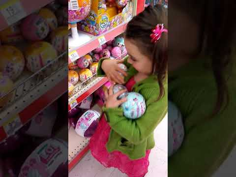 Trip To Walgreens For Lol Surprise Dolls Youtube
