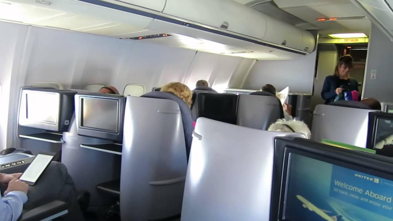 United airlines 757 First class Domestic cabin - YouTube