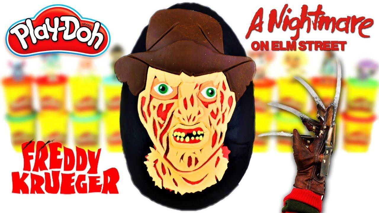 Huevo Sorpresa Gigante de Freddy Krueger A Nightmare on Elm Street de Plastilina Play doh en Español