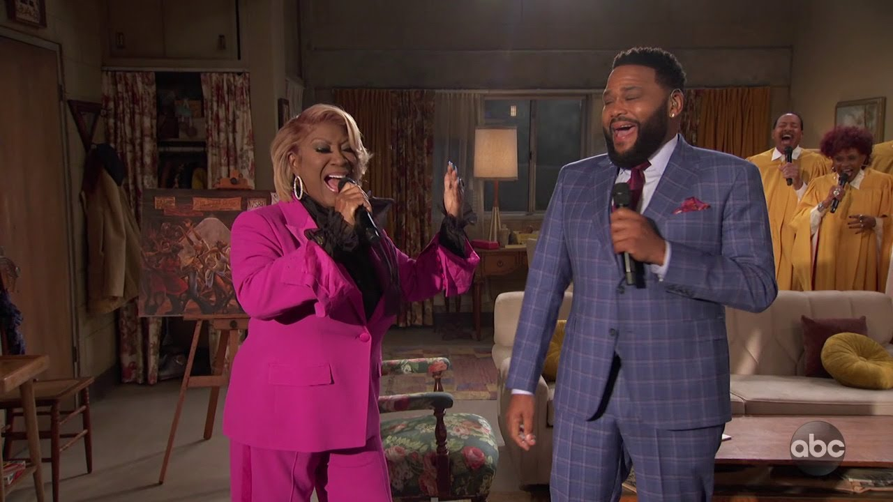 Patti LaBelle and Anthony Anderson Sing the 'Good Times' Theme Song - Live in Front of a S