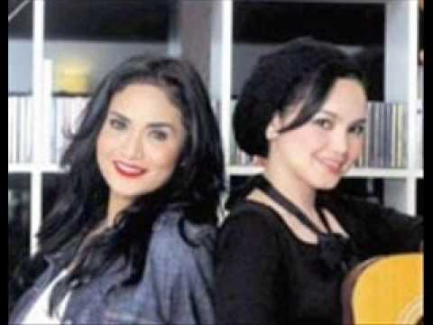 Hanya Dia - Dato' Siti Nurhaliza & Krisdayanti.wmv