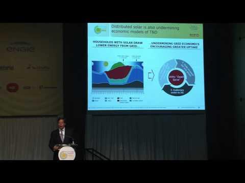Brazil Energy Frontiers 2015 - Painel 1 - Keynote Speaker Julian Critchlow (Bain & Company)