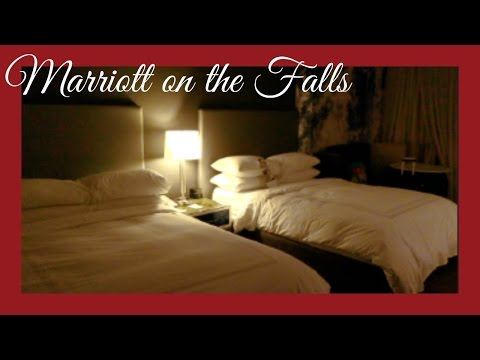 OUR ROOM AT MARRIOTT ON THE FALLS - NIAGARA FALLS | beingmommywithstyle