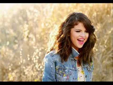 Download Selena Gomez & The Scene - Hit The Lights ( Remix Audio )