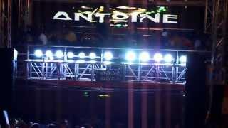 Antoine Clamaran live Tonik