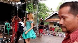 Video Ngadu Telu -  Desy Paraswaty -  Desy Paraswaty Live Wanasaba Karangsambung download MP3, 3GP, MP4, WEBM, AVI, FLV Mei 2018