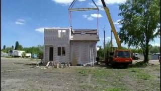Монтаж объемно-модульного дома.(Архитектурно-строительное проектирование http://www.proekt.od.ua. Реконструкции и техническое обследование зданий..., 2009-07-16T20:15:10.000Z)