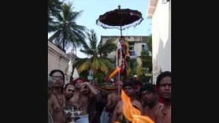Sandhanam Manakkum Senthamizh Kumaran - Dr. Seerkazhi Govindarajan (Murugan Song)