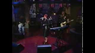 [Stereo] The group perform on USTV.