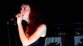 Melissa Auf der Maur - Overpower Thee