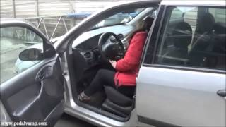 Vicky blowing the engine of a Ford Focus - Trailer Pedal Pumping