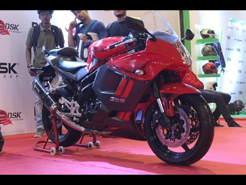 DSK Hyosung GT650R Superbike Exhaust Sound : Autocar Performance Show 2017