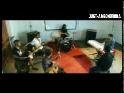 Ambondrona - Saino Clip