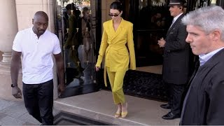 Baixar EXCLUSIVE : Kendall Jenner goes to Avenue restaurant in Paris
