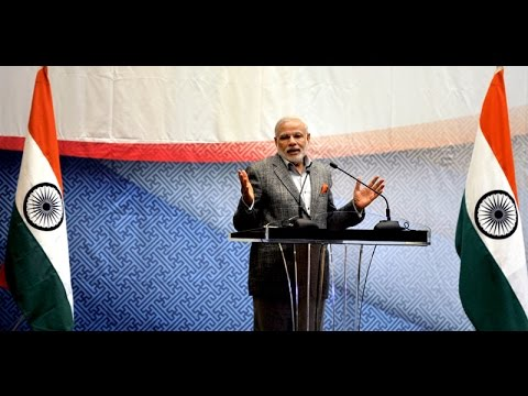 PM Modi interacting with the Friends of India in Seoul