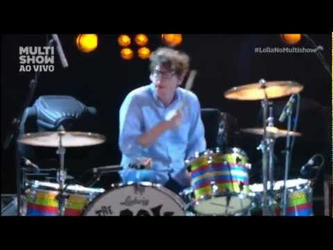 The Black Keys - Lonely Boy (São Paulo 2013) [lyrics/legendado]