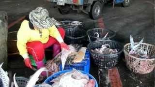 傳說中澎湖魚市場胡一刀大姊.--刀功犀利,MOV