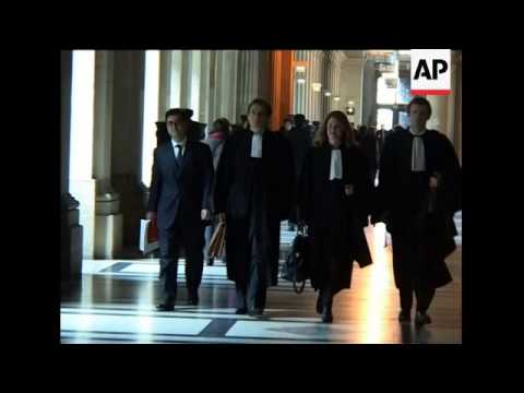 Trial into alleged smear campaign against Sarkozy; lawyer sbite, de Villepin arrival