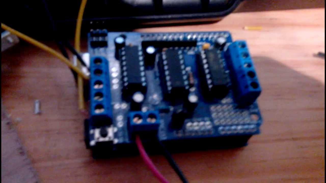 Relativ Projet robot avec arduino / partie 1 - YouTube QK74