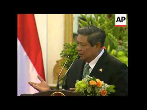 SBY meets Abbas, pledges to build hospital in Gaza