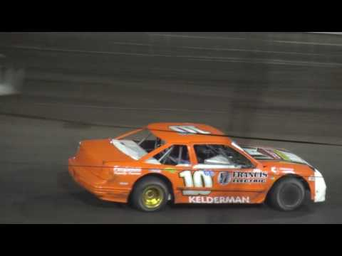 IMCA Stock Car feature Southern Iowa Speedway 6/2/16