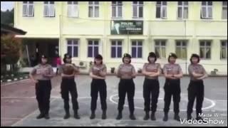DJ GOYANG Turun naik keren banget POLWAN VS TNI 2017
