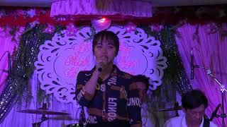 Nữ Organ Xinh đẹp Tuyết Nhi Hát Giao Lưu Bài Về Đây Anh Thật Hay _ TÂn HÔn Minh