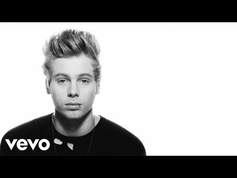 5 Seconds of Summer - Amnesia (Lyric video)